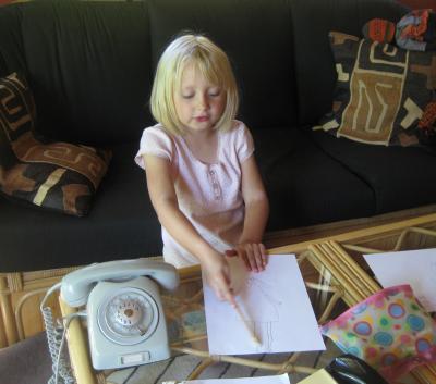 Jag ritar en prinsessa till dej, mormor ...
