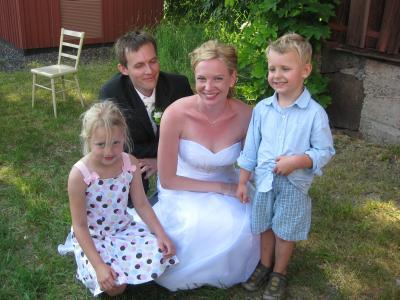 En bild tillsammans med brudparet innan vi skall åka till Arlanda och vidare till CA ...