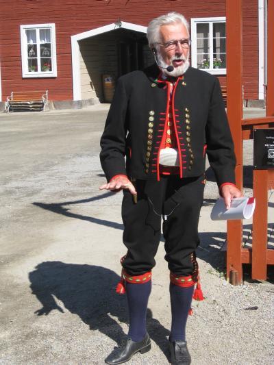 Vår stilige guide på Stene Gård, Järvsö ...